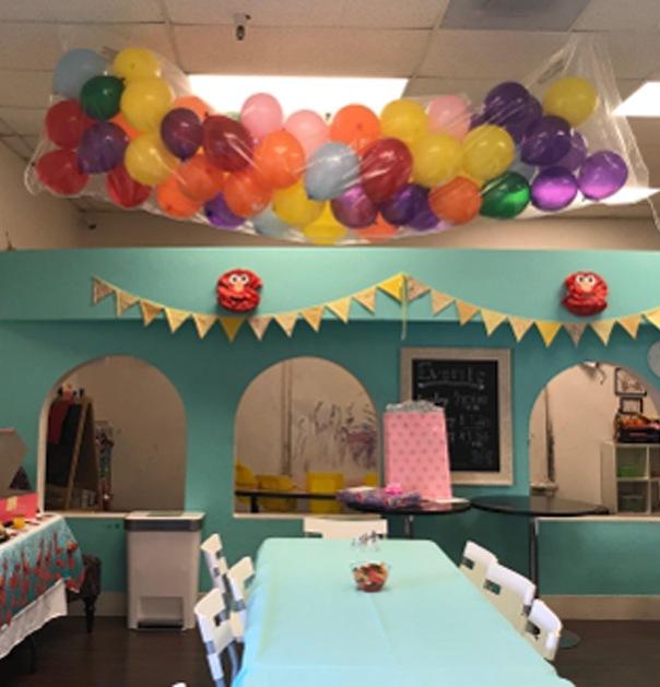 balloon and confetti drop